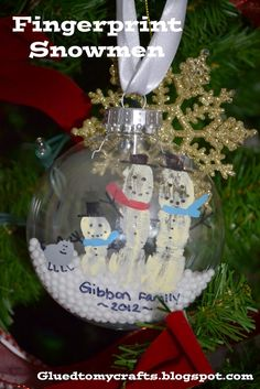 Fingerprint Snowman. Great family craft and ornament
