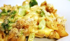 Skinny Baked Mac and Cheese with Broccoli | Skinny Mom | Tips for Moms | Fitness | Food | Fashion | Family