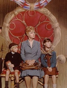 Angela lansbury in bedknobs and broomsticks