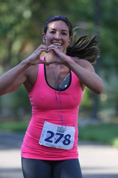 Is your 2014 race schedule complete?  It's not if you don't have Run like a Mother on it!  Not one near you?  Run virtually and get the swag.  Grab your friends and family and start Mother's Day running. Go to www.runlikeamother.com to register now.