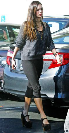 Megan Fox in Los Angeles, CA on November 21, 2012. // Her baby was born a week before mine. Blog fodder much? (It's ok that she looks great; it's not ok that US Weekly is shaming all the mothers of 2 month olds who don't look like Megan Fox!)