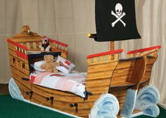 flights of fantasy kids pirate bed