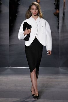 Proenza Schouler Fall 2013 RTW -     Love Love Love this white Jacket!!!