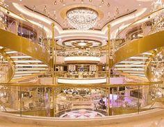 Royal Princess cruise ship ...
