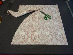 Countdown to Christmas: Custom Tree Skirt DIY - Mary Jos Cloth Design Blog