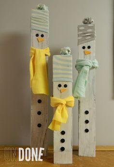 {The Undone Blog} 4x4 posts, fabric scraps, and socks make a snowman! holiday, post snowmen, idea, craft, 4x4 post, garden gate, snowman, fenc post, christma