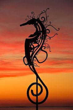*Metal Sculpture - Seahorse by Bruce Larsen (recycling junk-yard metal into beautiful art)