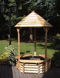 Wishing Well Fountain | wooden