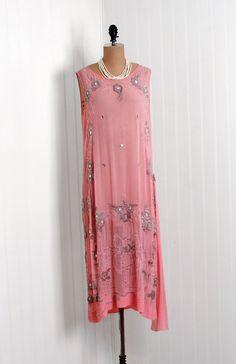 1920s vintage pink beaded flapper dress