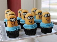 Minion Cupcakes - I'm tellin' ya, my mom needs a minion party for her 70th! (If I can wait that long.) (And yikes! Did I really just use my mom and 70th in the same sentence?)
