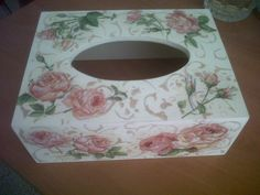 Porta Cleanex romantico para baño, en Decoupage