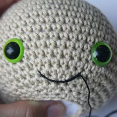 How to stitch a mouth to your amigurumi doll? | lilleliis