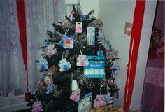 Christmas baby shower tree!