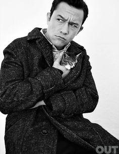 Joseph Gordon-Levitt and cat