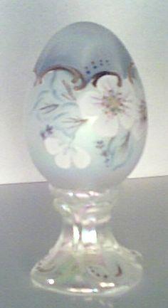 Fenton Egg