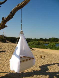 Wieg - hemeltje van Kindekeklein – hangwiegen, hang-/sta wieg en tweeling wieg.