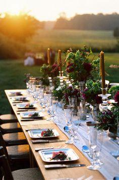 Colors, setting, lighting, table