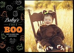 Send family and friends your baby's Halloween photos with an adorable Halloween photo card.