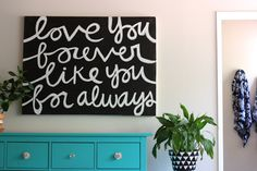 I used this as inspiration for a 'Love' canvas I painted for my big girl's room. | Handwriting canvas