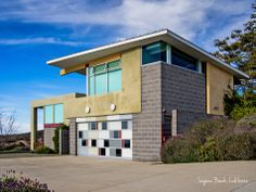 Laguna Beach - Modern Architecture - From the world of Marc Weisberg Architectural | Real Estate Interior photography.