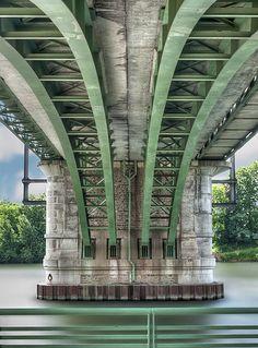 under the bridge, paris