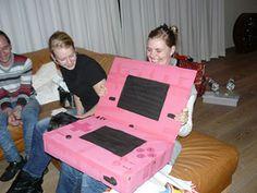 Sinterklaas surprise - Sinterklaas Gaming Surprises - Female-Gamers.nl