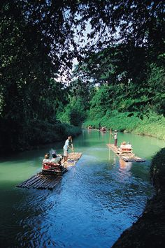 Jamaica - cruisin' the river in style