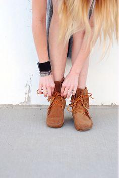 Minnetonka Double Fringe Tramper Boots