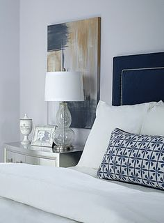 Navy headboard. Beds Head, White Beds, Blue Bedrooms, White Bedrooms, Master Bedrooms, White Bedding, Navy Headboards, Upholstered Headboards, Bedrooms Ideas