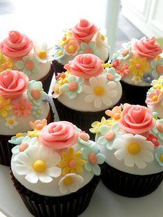 Gorgeous springtime cupcakes. idea, cupcak heaven, springtim cupcak, food, cup cake, flower cupcakes, bridal shower, gorgeous springtim, dessert