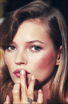 Kate Moss backstage at a Lagerfeld show in Paris in 1994 // #Celebrity #Throwback