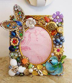 Cool idea for old pins, buttons, and charms.