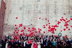 red-heart-wedding-balloon-ideas