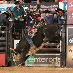 2 of my favorite things in one.. the PBR & JB Mauney <3
