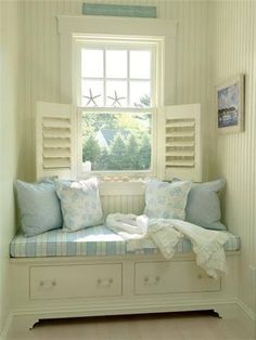 Beautiful Coastal Cottage Reading Nook. window benches, coastal cottage, cozy nook, book nooks, beach houses, reading nooks, coastal living, window seats, small homes