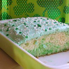 St. Patrick's Day Poke Cake in Pyrex by breeleed, via Flickr
