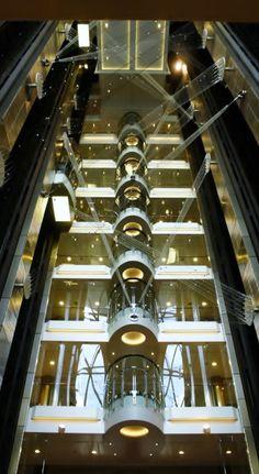 Elevator. Oasis of the Sea.