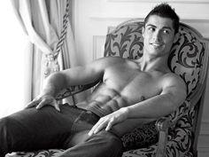 Cristiano Ronaldo-hot