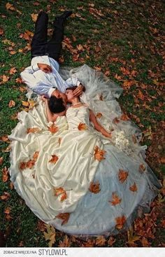 fall wedding- so pretty I wish I would have thought of this for my wedding
