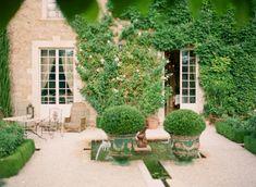 Creeping Ivy at the Borgo Santo Pietro