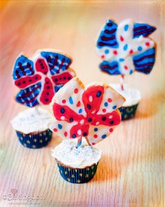 Pinwheel Cookie Cupcake Toppers