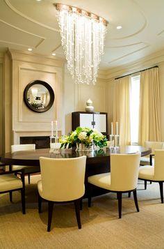 A beautiful dining room, take not of the lighting #diningroom #lighting