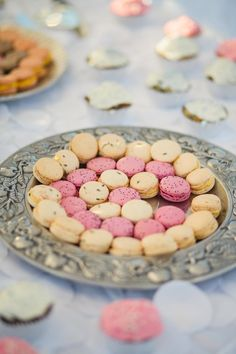 Darling pink and yellow macarons. Wedding by Emerson Events. Photo by Anna Lee Media. #wedding #macaron #pink #yellow #sweettreat