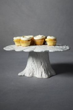 A different take on the tree stump stands. I like the painted white look. pines, cupcak, tree stumps, cakes, tree trunks, cake stands, knotti pine, faux bois, treat