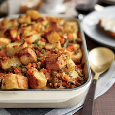 Sausage-and-Bread Stuffing  #Thanksgiving #Stuffing