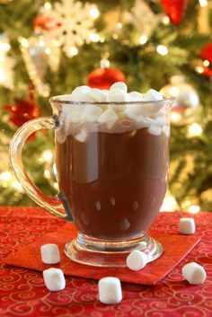 A delicious recipe for Hot Chocolate To Die For, with chocolate, butter, vanilla, half-and-half and marshmallows. #cocktailrecipes