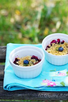 Cheerful, sweet, yummy looking Mixed Berry Crumble. #food #foodphotography #baking #foodie #delicious #berries #crumble #dessert #breakfast #summer #blueberries