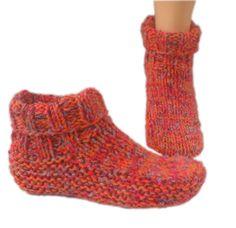 Country slipper socks knitting pattern