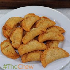 Clinton Kelly Chicken Pot Mini Pies #TheChew