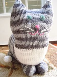The Parlor Cat Free Pattern - Free Knitting Patterns by Sara Elizabeth Kellner